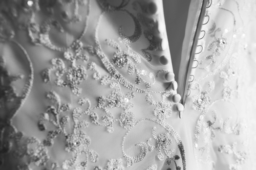 How to dry clean wedding dress for Dry cleaners wedding dress preservation