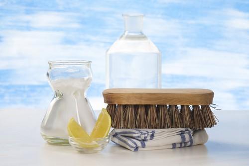 Using vinegar for carpet cleaning